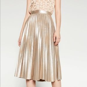 NWOT!Zara metallic skirt pleated - champagne gold!